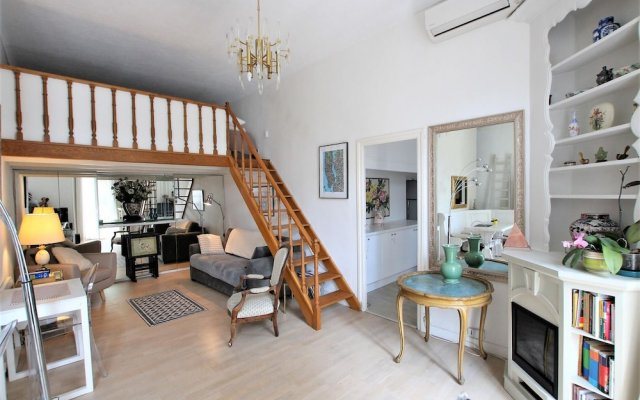 2 Bedrooms Apartment With 1 Mezzanine top Location in the Heart of Cannes 1