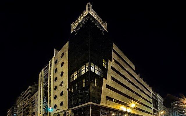 Отель Hesperia A Coruña Centro вид на фасад
