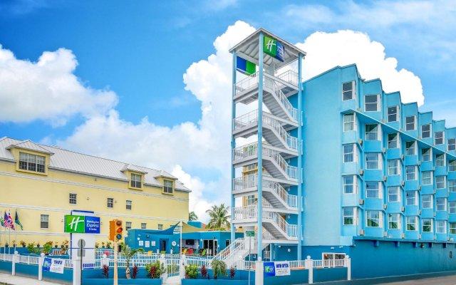 Holiday Inn Express & Suites Nassau 0