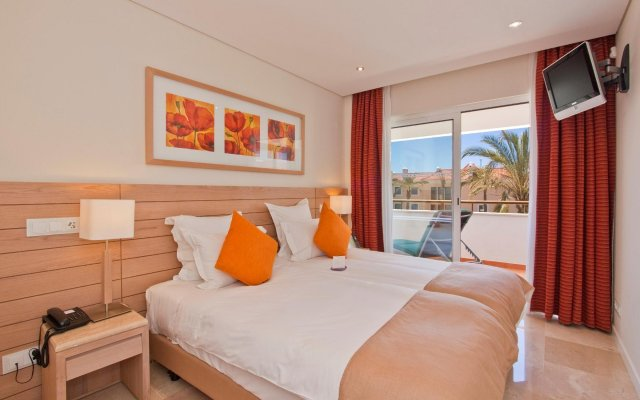 Отель As Cascatas Golf Resort & Spa вид на фасад