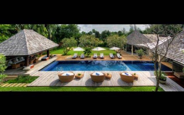 Отель Villa Samakee бассейн