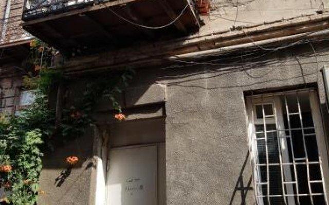 Отель Aboviani 10 Грузия, Тбилиси - отзывы, цены и фото номеров - забронировать отель Aboviani 10 онлайн вид на фасад