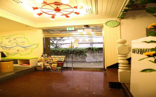 Отель Korstay Guesthouse Seoul Station Сеул интерьер отеля