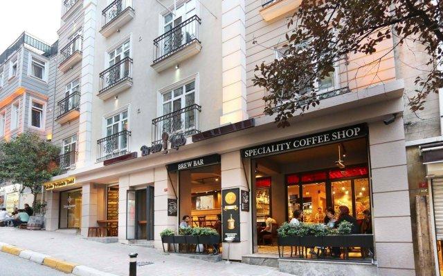 Отель Taksim Premium Стамбул вид на фасад
