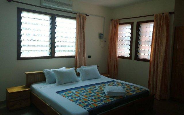 Отель The Beach house Гана, Шама - отзывы, цены и фото номеров - забронировать отель The Beach house онлайн вид на фасад