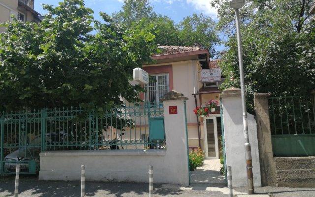 Hostel E-sport вид на фасад
