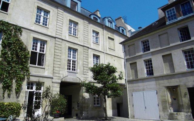 MIJE Fauconnier - Fourcy - Maubuisson - Hostel