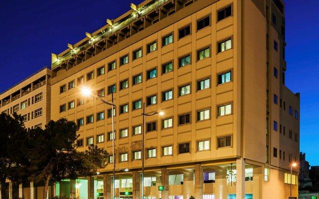 Отель ibis Styles Palermo President вид на фасад