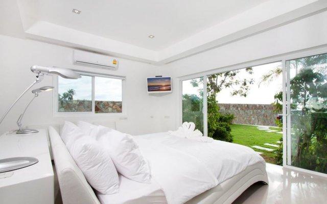 Отель Villa 7th Heaven Beach Front На Чом Тхиан комната для гостей