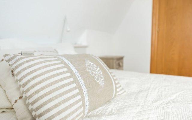 Отель Apartamento Alcalá - Barrio Salamanca комната для гостей