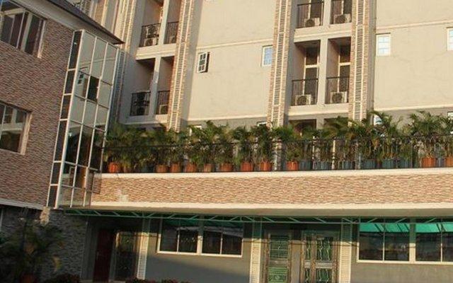 Отель Solab Hotels And Suites вид на фасад