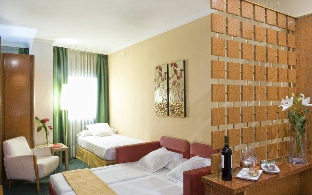 Отель Acacia Suite Испания, Барселона - 9 отзывов об отеле, цены и фото номеров - забронировать отель Acacia Suite онлайн комната для гостей