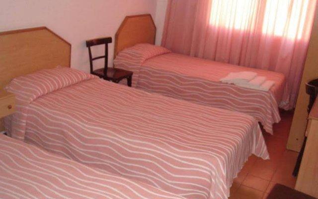 Отель Fonda Can Setmanes Испания, Бланес - отзывы, цены и фото номеров - забронировать отель Fonda Can Setmanes онлайн комната для гостей