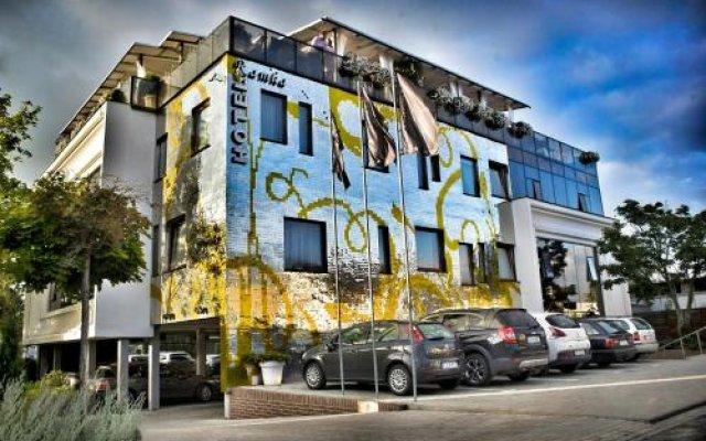 Hotel Ramka Restaurant & Wine Bar вид на фасад