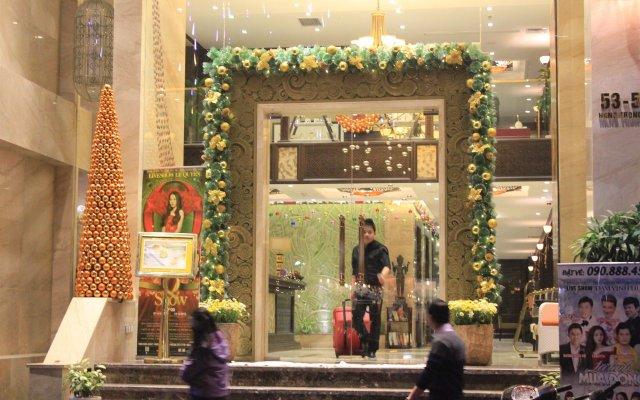 Golden Lotus Luxury Hotel вид на фасад