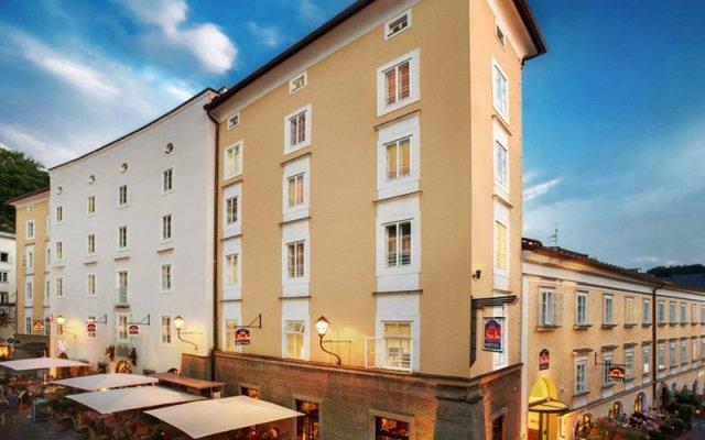 Отель Gablerbrau Central Hotel Австрия, Зальцбург - отзывы, цены и фото номеров - забронировать отель Gablerbrau Central Hotel онлайн вид на фасад