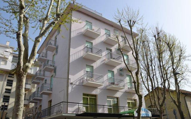 Отель Britta Италия, Римини - отзывы, цены и фото номеров - забронировать отель Britta онлайн вид на фасад