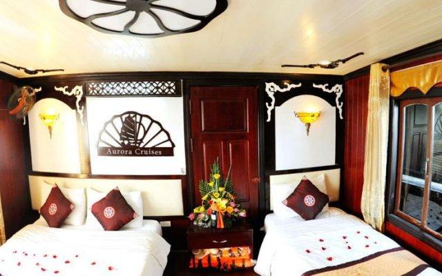 Отель Halong Aurora Cruises Халонг комната для гостей
