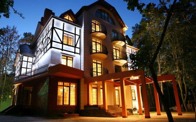 Отель Люмьер Светлогорск вид на фасад
