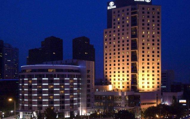 Отель Hilton Beijing вид на фасад