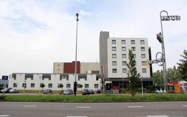 Bastion Hotel Zaandam вид на фасад