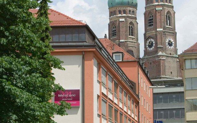Отель Mercure Hotel München Altstadt Германия, Мюнхен - 3 отзыва об отеле, цены и фото номеров - забронировать отель Mercure Hotel München Altstadt онлайн вид на фасад