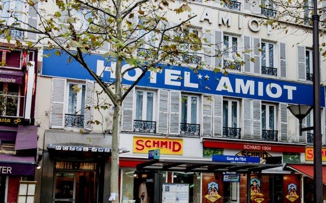 Hotel Amiot вид на фасад