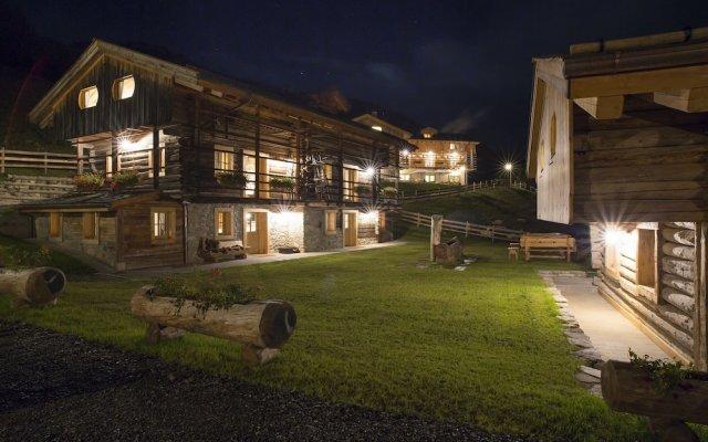 Hotel The Originals Borgo Eibn Mountain Lodge (ex Relais du Silence) Саурис вид на фасад