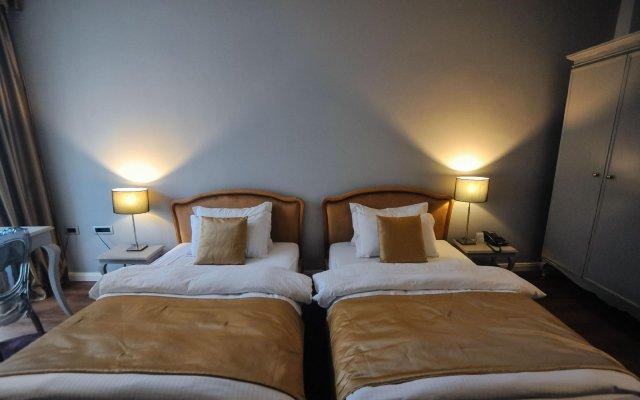 Classic Hotel 2