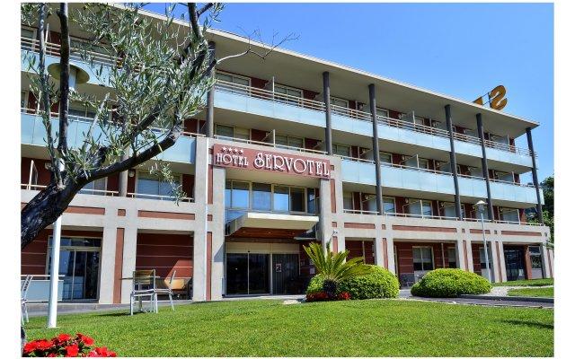 Отель Servotel Saint-Vincent вид на фасад