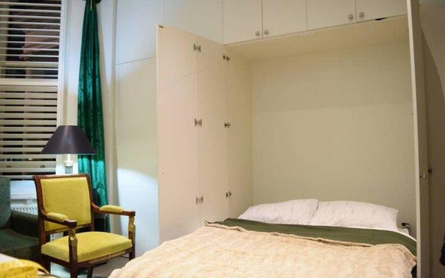 Апартаменты Cosy 1 Bedroom Studio Flat in Knightsbridge Лондон комната для гостей