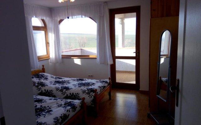 Отель The White Guest House Болгария, Кранево - отзывы, цены и фото номеров - забронировать отель The White Guest House онлайн комната для гостей