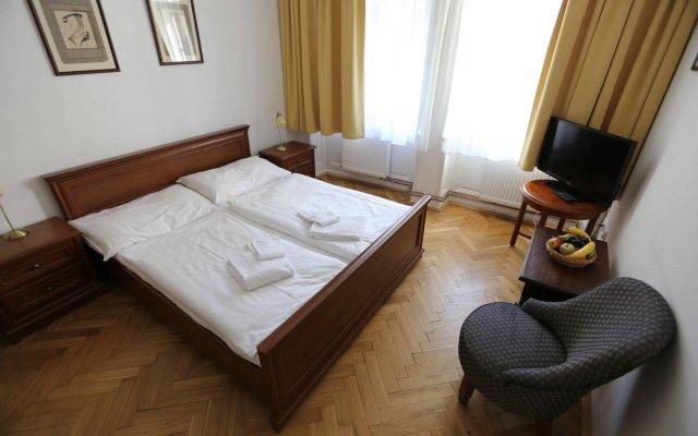 Hotel King George Прага вид на фасад