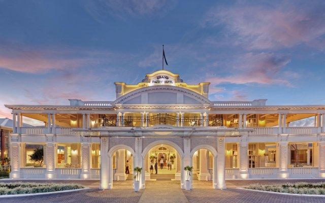 Отель Grand Pacific Hotel Фиджи, Сува - отзывы, цены и фото номеров - забронировать отель Grand Pacific Hotel онлайн вид на фасад
