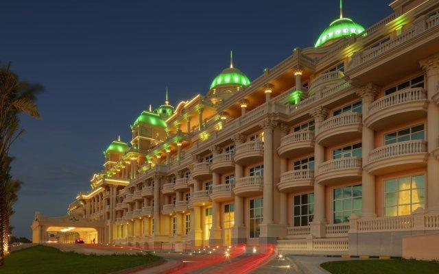Отель Emerald Palace Kempinski Dubai вид на фасад
