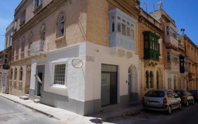 Отель Hostel 94 Мальта, Слима - отзывы, цены и фото номеров - забронировать отель Hostel 94 онлайн вид на фасад