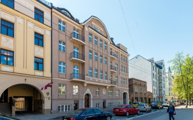 Апартаменты Riga Lux Apartments - Skolas вид на фасад