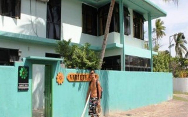 Отель Variety Stay Guesthouse Мальдивы, Северный атолл Мале - отзывы, цены и фото номеров - забронировать отель Variety Stay Guesthouse онлайн вид на фасад