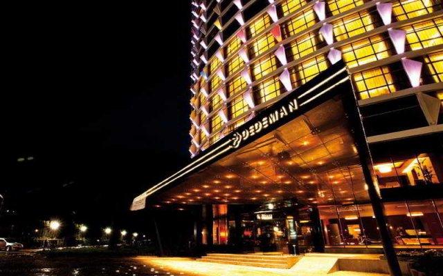 Dedeman Gaziantep Hotel & Convention Center вид на фасад