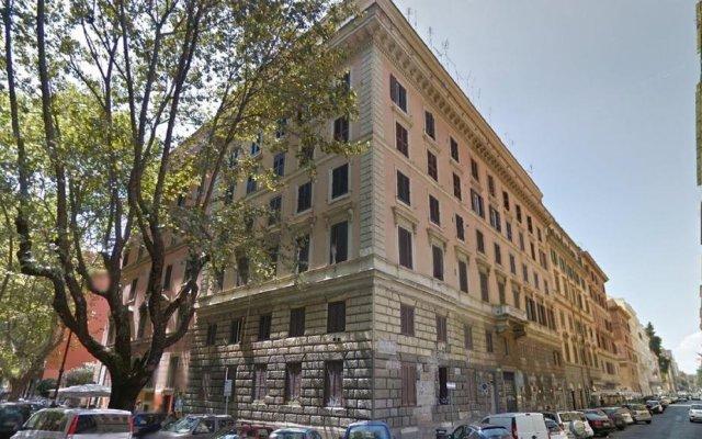 Отель Friendship Place вид на фасад