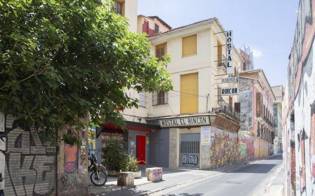 Отель Hostal El Rincon Валенсия вид на фасад