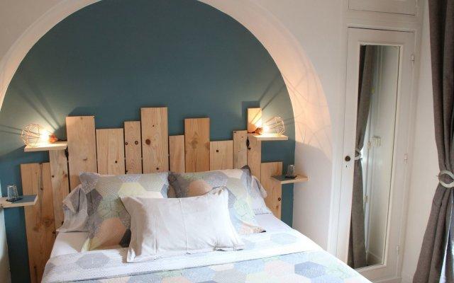 Отель Five Bedrooms Seaview House, Old Town Франция, Ницца - отзывы, цены и фото номеров - забронировать отель Five Bedrooms Seaview House, Old Town онлайн комната для гостей