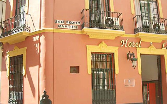 Hotel Londres вид на фасад