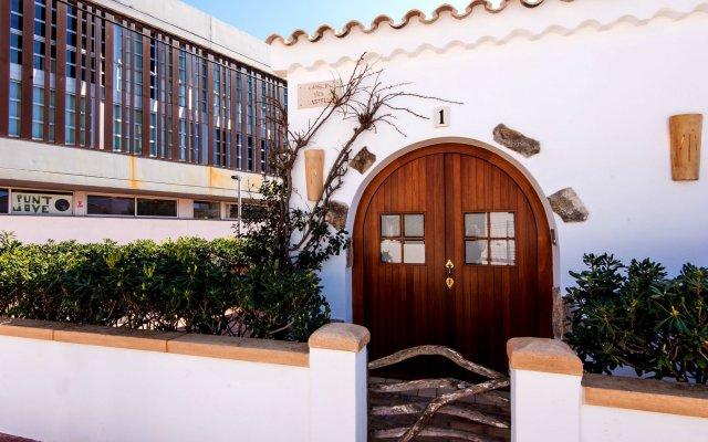 Отель Only You Home Испания, Сьюдадела - отзывы, цены и фото номеров - забронировать отель Only You Home онлайн вид на фасад