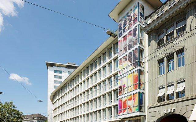 Отель citizenM Zürich вид на фасад