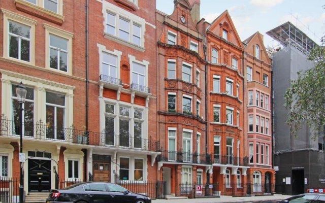 Апартаменты Harrods Apartments Лондон вид на фасад