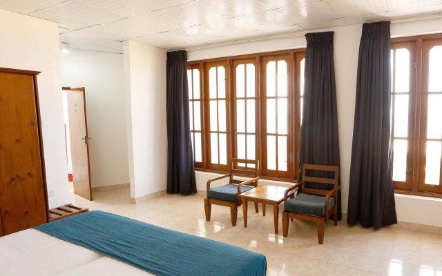 The Reef Beach Hotel Negombo комната для гостей