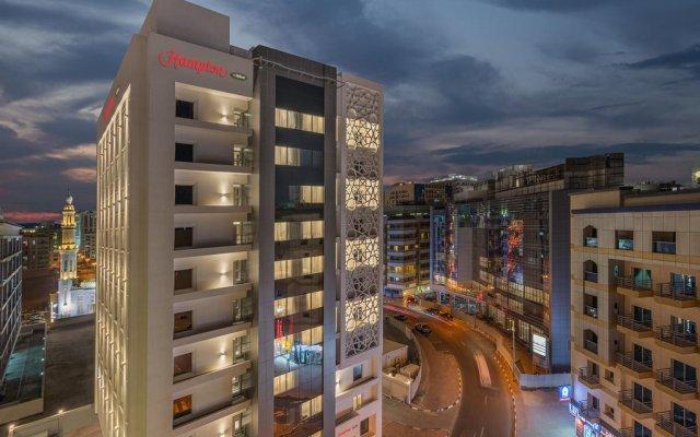 Signature Hotel Al Barsha вид на фасад