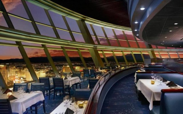 Отель Essential Hotel США, Лас-Вегас - отзывы, цены и фото номеров - забронировать отель Essential Hotel онлайн