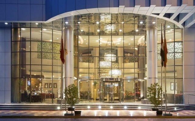 Отель City Seasons Hotel Dubai ОАЭ, Дубай - отзывы, цены и фото номеров - забронировать отель City Seasons Hotel Dubai онлайн вид на фасад